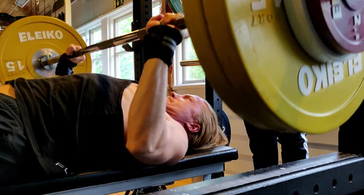 bench-press-compound-lift-cutting